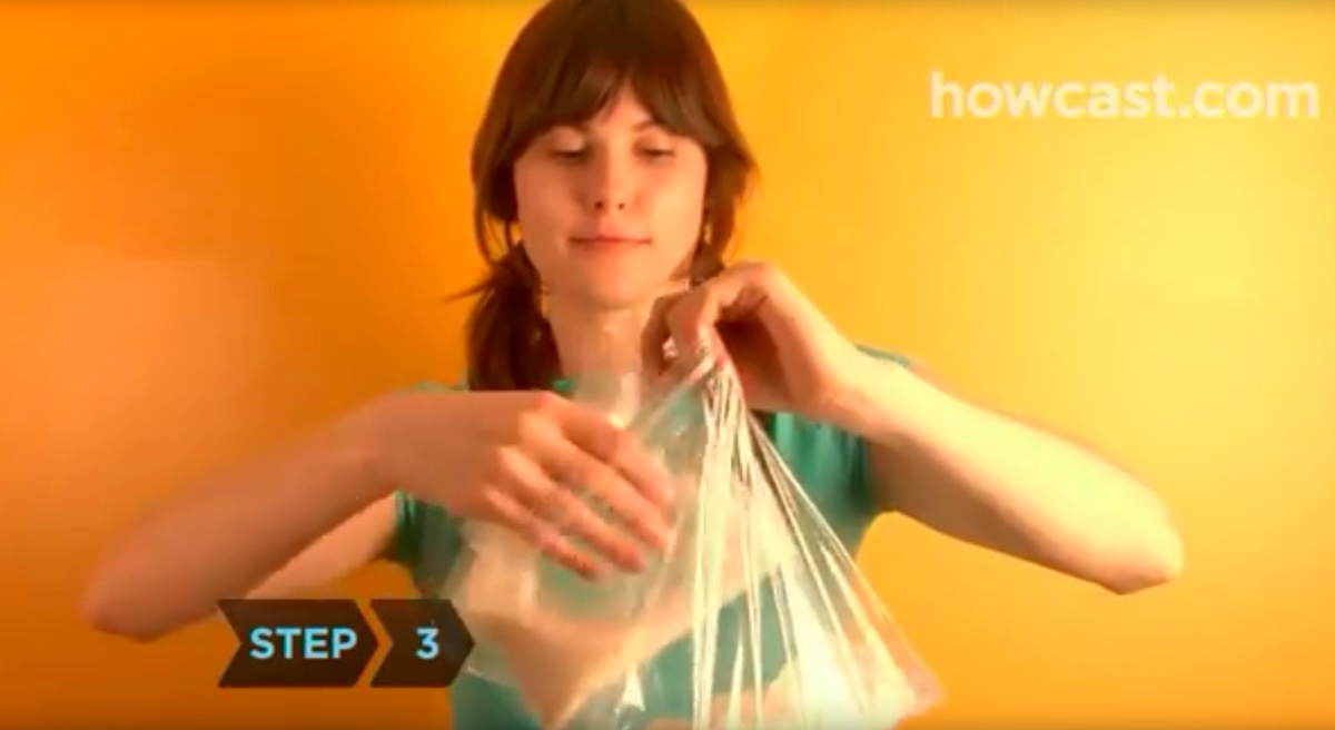 How to make delicious homemade ice cream in a plastic bag for How to make delicious ice cream at home