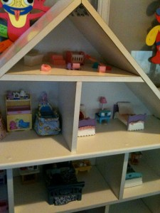 ikea-billy-hack-dollhouse