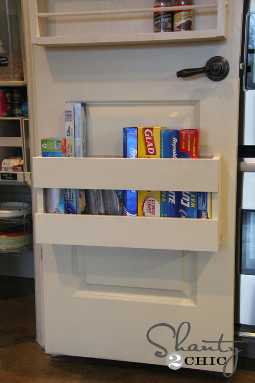 How to make a diy kitchen door organizer for Diy pantry door organizer