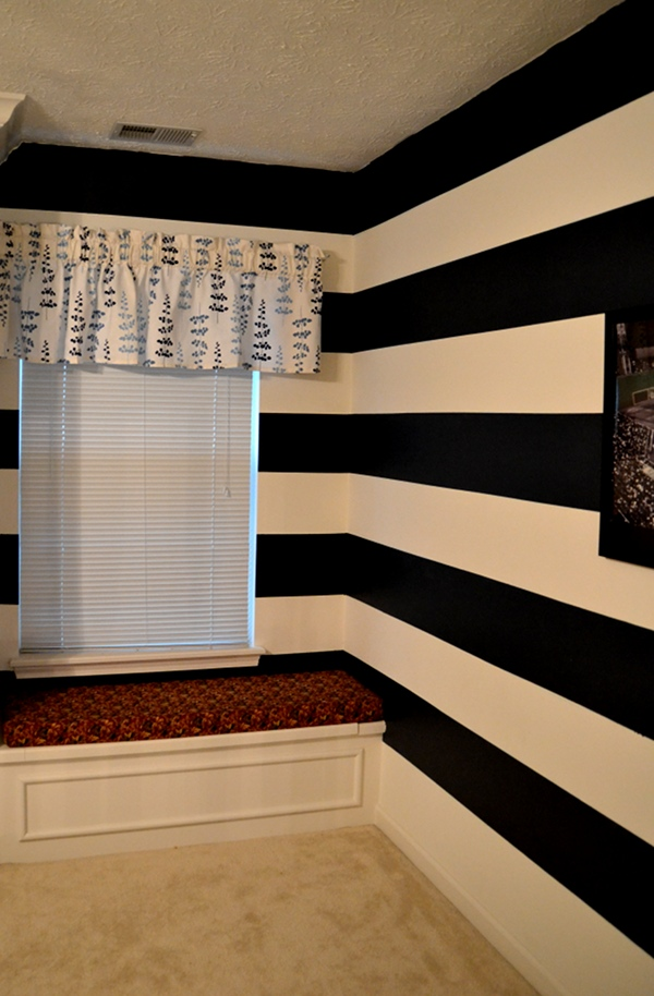 how to paint horizontal stripes on a wall. Black Bedroom Furniture Sets. Home Design Ideas